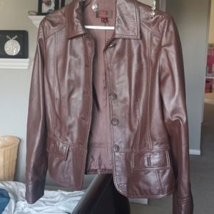 Ladies Short brown leather jacket size small